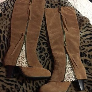 Shoes - Lace boots. Size 5 (35) could fit 5 1/2.